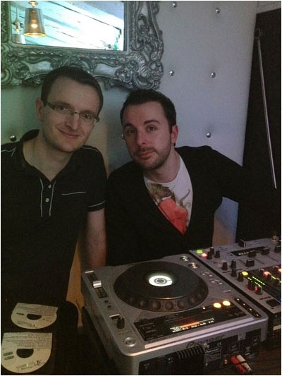 Mr Eric (from Poitiers) and Serious-Man (from Nantes) to Different Muziq records into a Lounge Bar